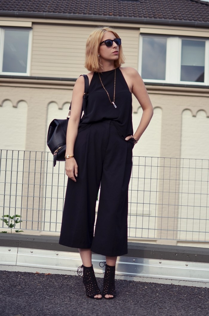 all-black-culotte-zara-outfit-3