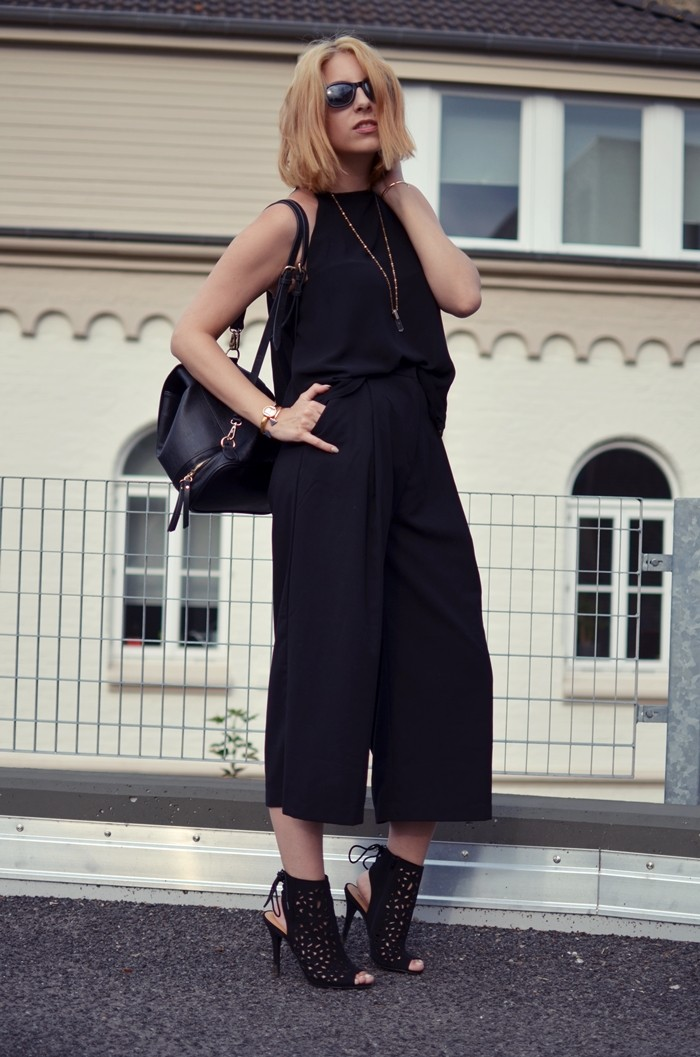 all-black-culotte-zara-outfit-6