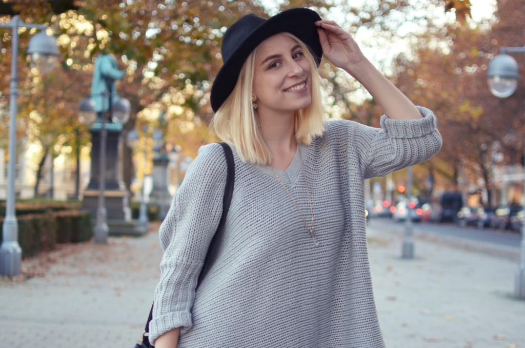 outfit-lagenlook-cape-hut-12
