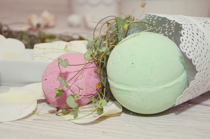 glasschuh-lush-beauty-organic-bathbomb-2