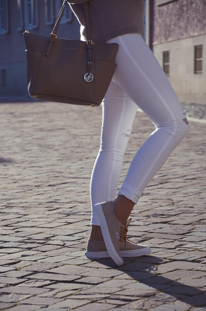 blog-outfit-beige-weiße-jeans-6