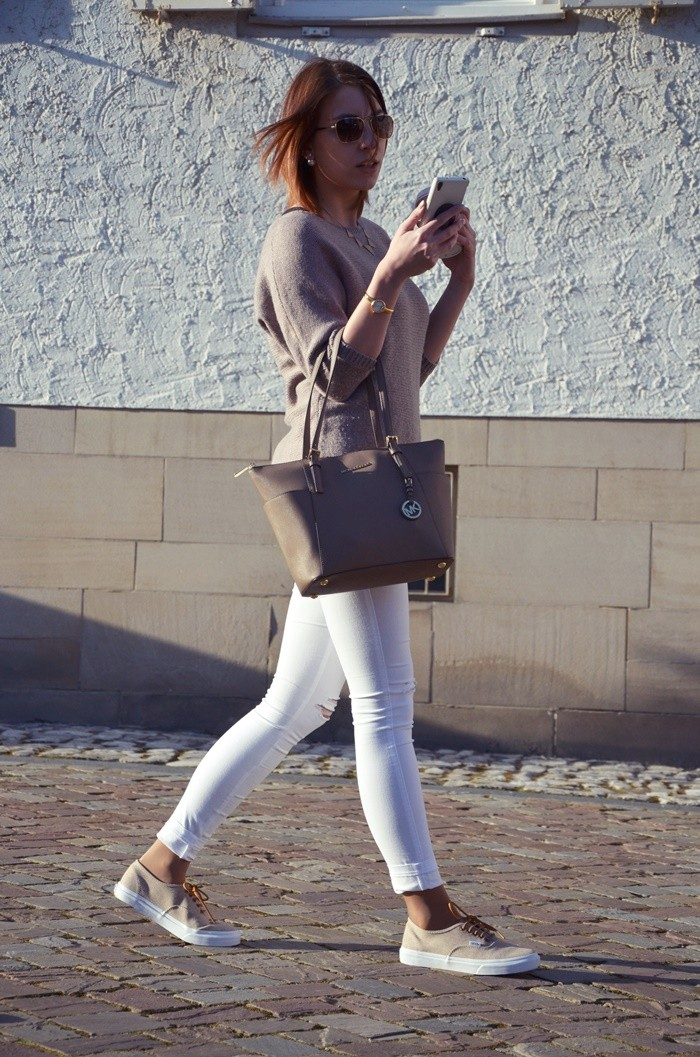 blog-outfit-beige-weiße-jeans-9