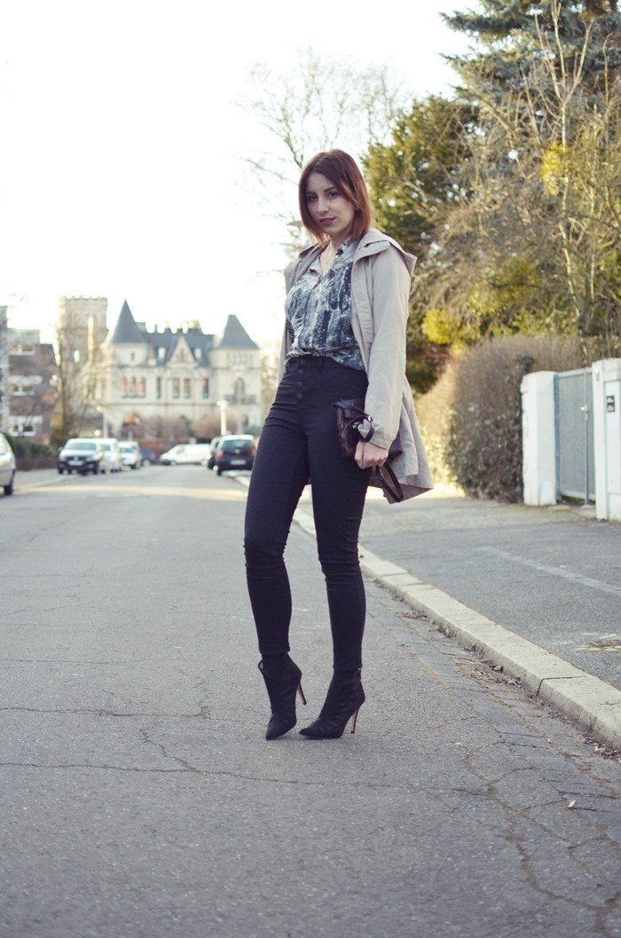 blogger-highwaist-pants-spring-outfit-1