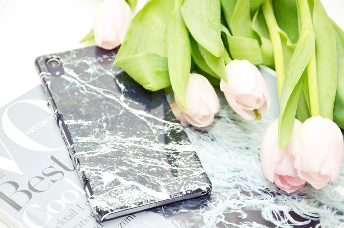 smartphone-case-marble-xperiaz2-vogue