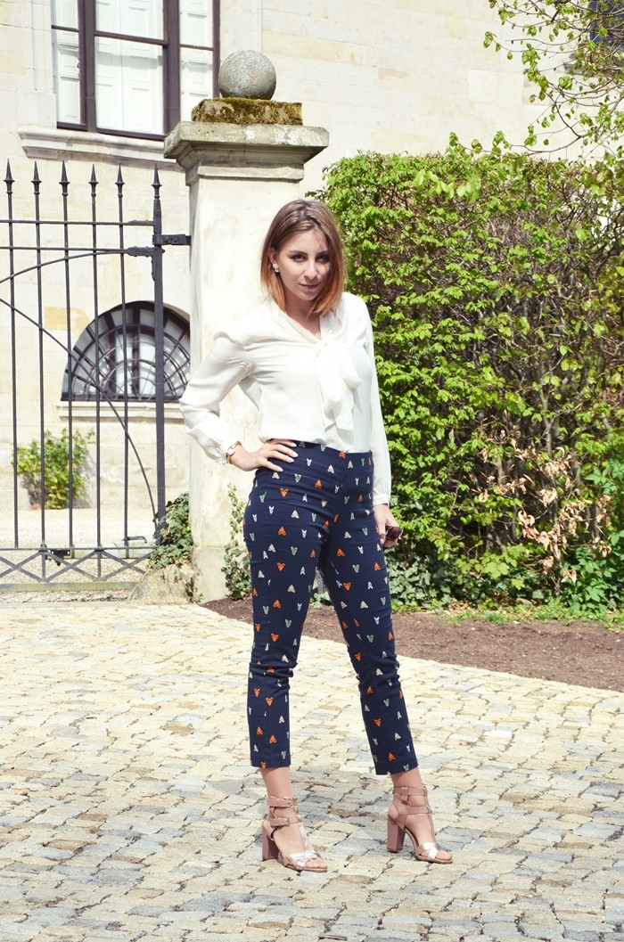 Musterhose-outfit-bluse-blog-5