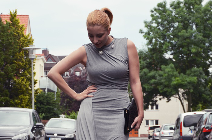 graues-kleid-blog-outfit-4