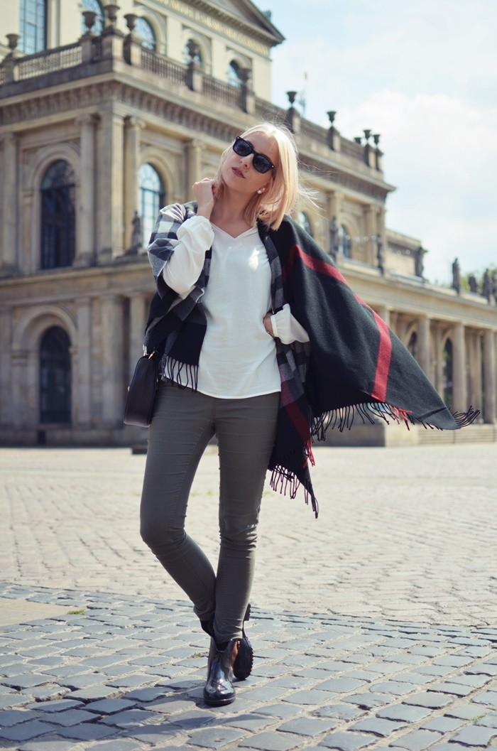 blog-outfit-cape-herbst-gummistiefel-5