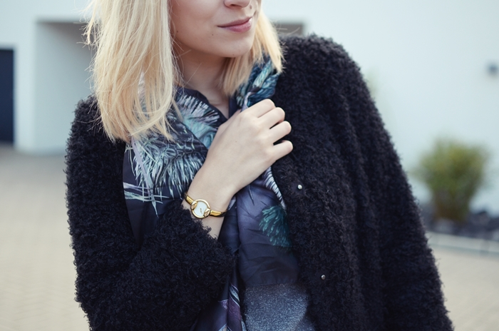 outfit-glasschuh-fraas-seidentuch-wolljacke-13