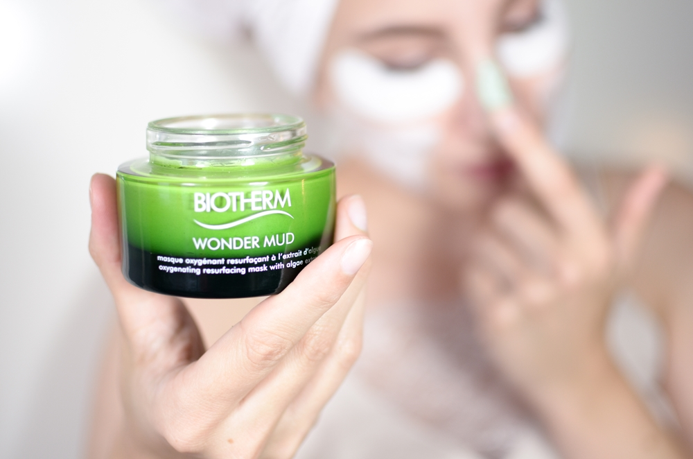 Multi Masking mit Biotherm Skin Best Wonder Mud und The Body Shop Aloe Mask | Skincare, Beauty, Glasklare Pflege, INCI | Glasschuh.com Lea Christin